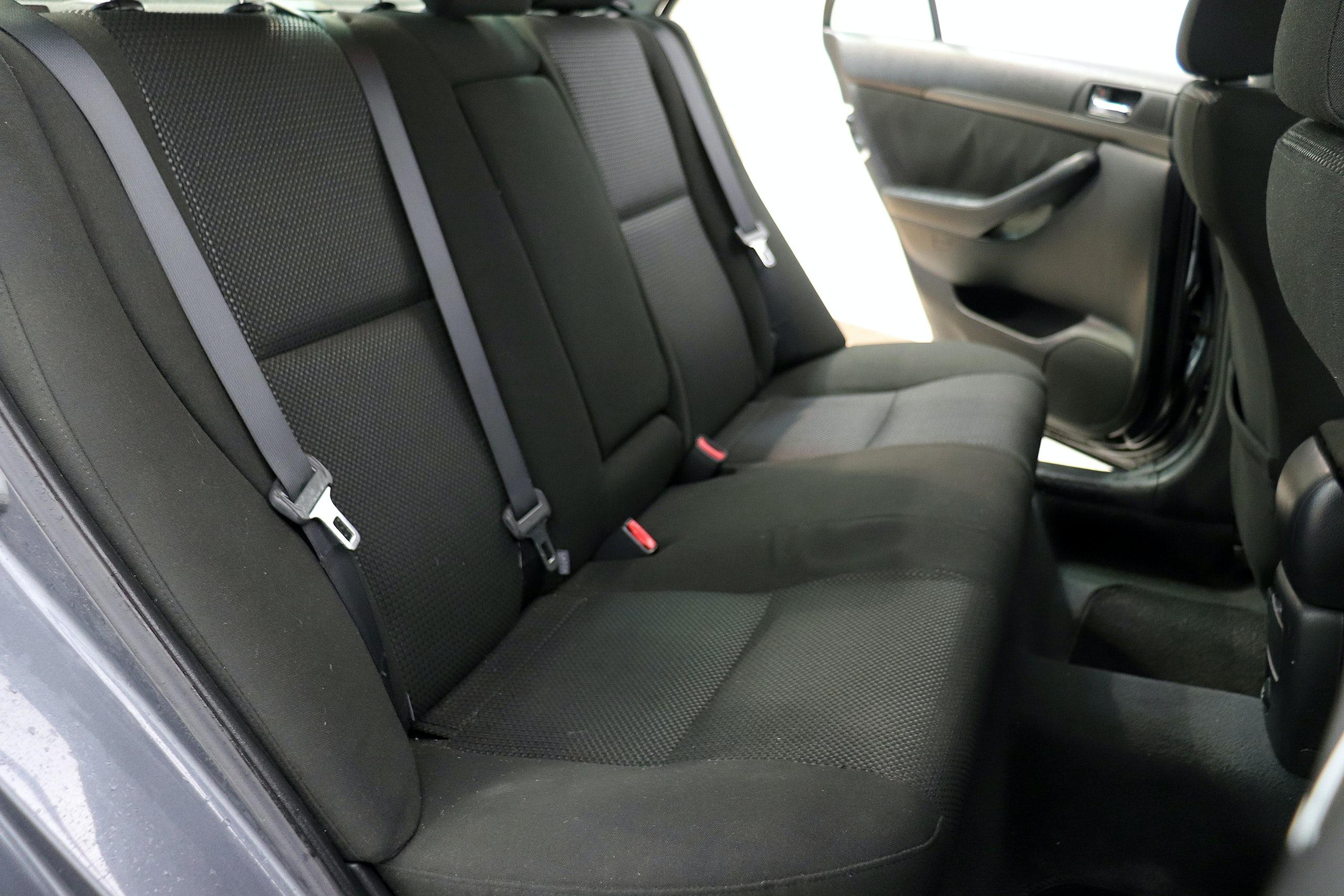 Toyota Avensis 2.2 D-4D 150cv Sol 4p