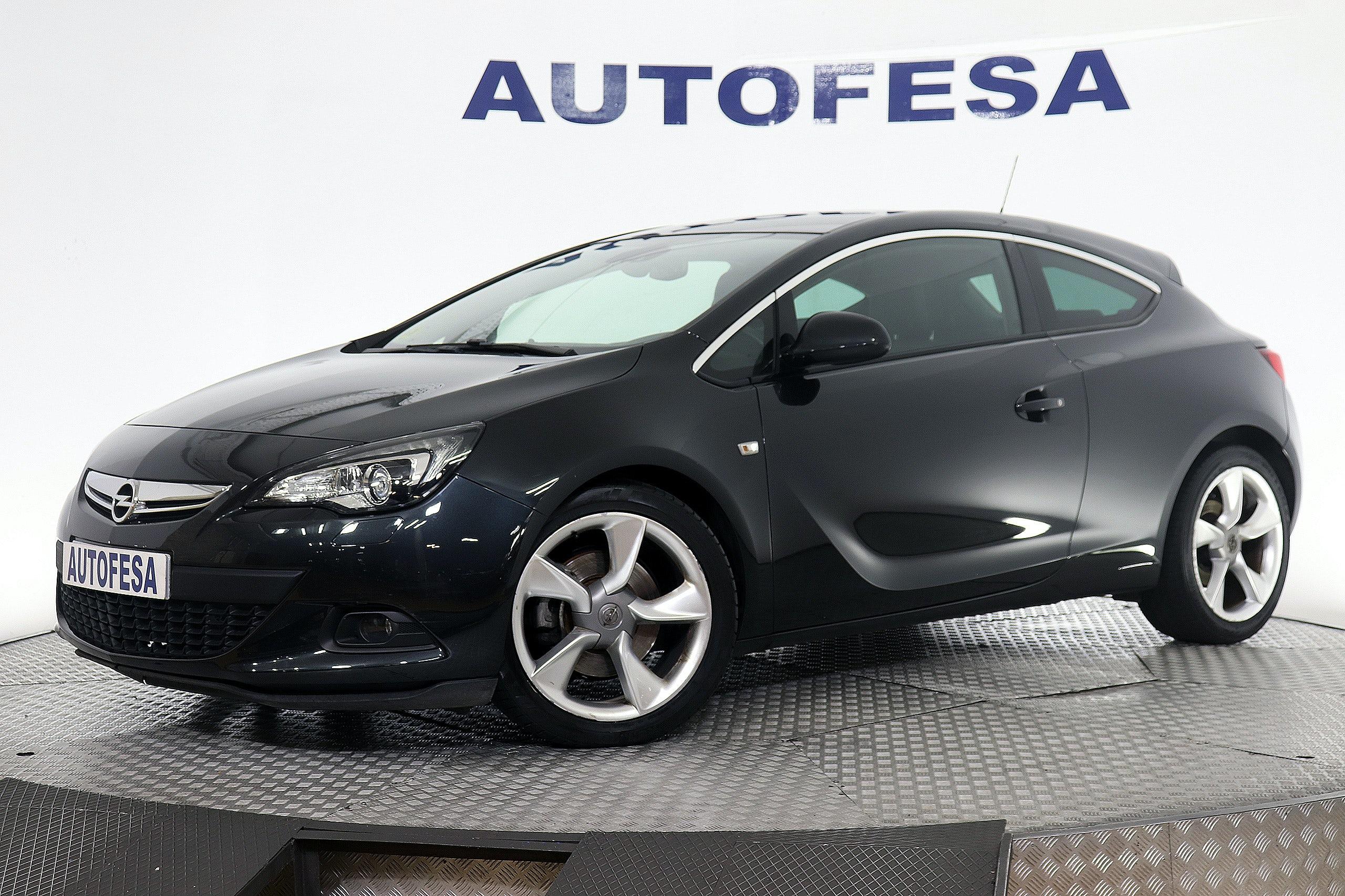 Fotos del Opel Astra GTC 2.0 CDTi 165cv Sportive 3p Exterior 1