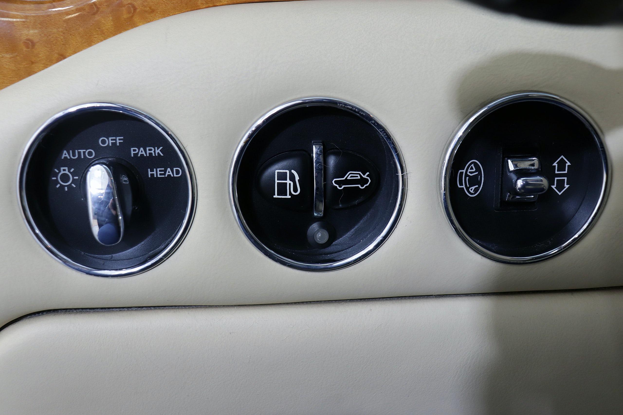 Bentley Arnage 6.8 V8 405cv Auto 4p - Foto 35