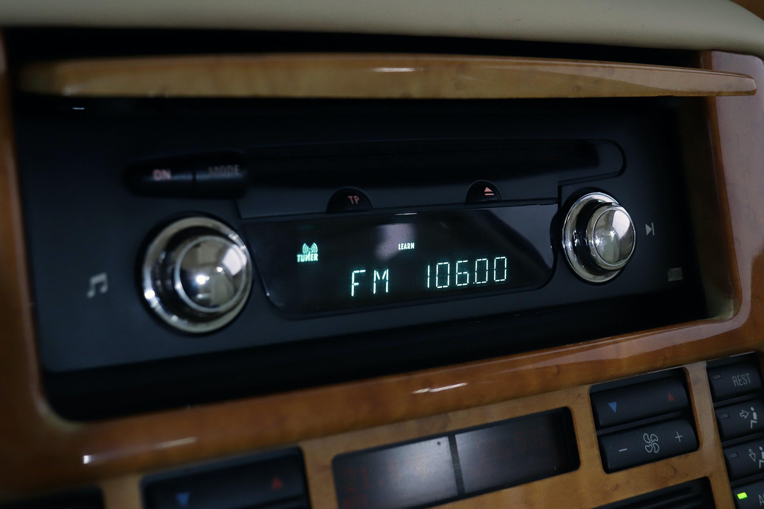 Bentley Arnage 6.8 V8 405cv Auto 4p - Foto 36