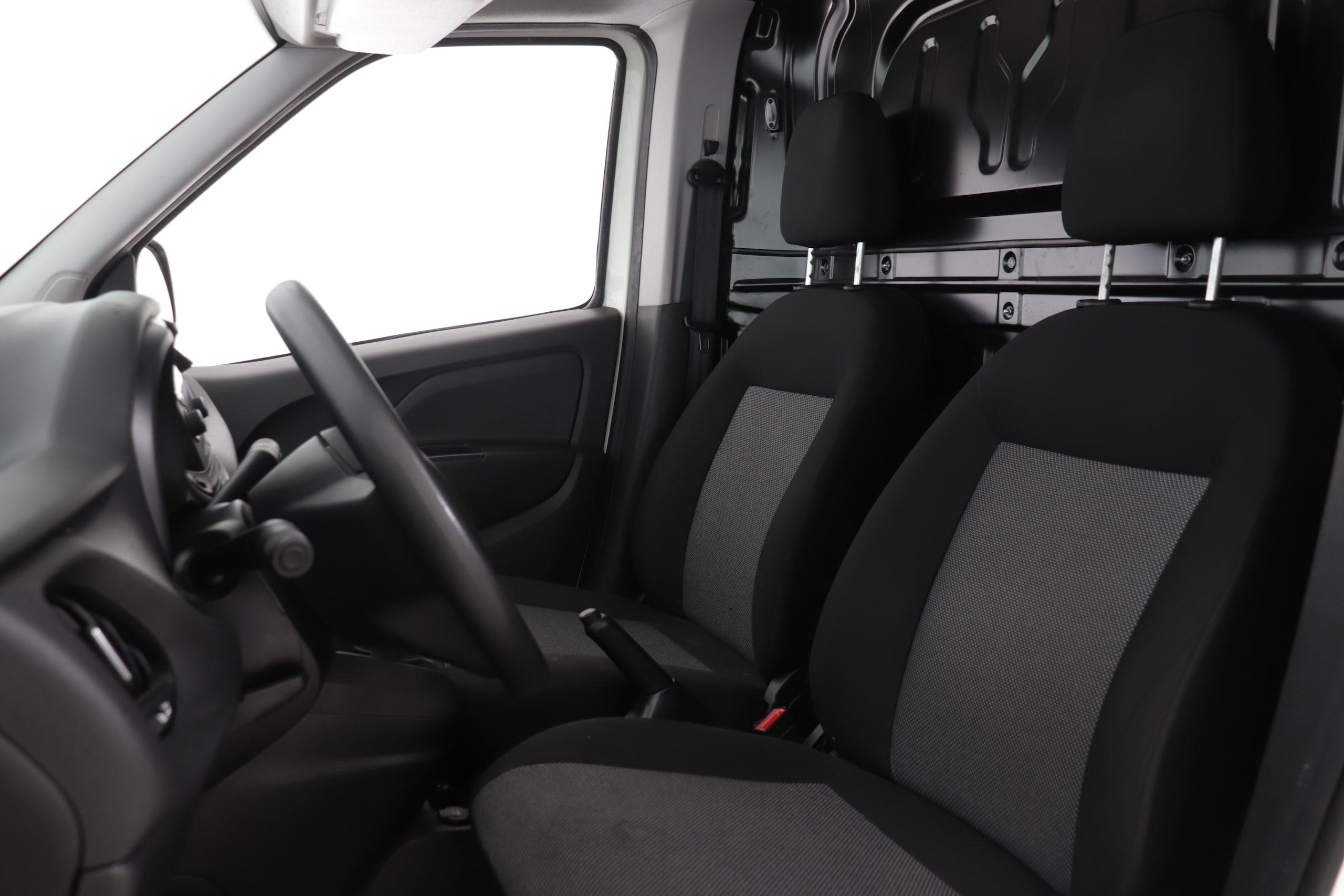 Fiat Doblo Cargo 1.4 T-JET Natural Power GNC 120cv Base 4p 2plz - Foto 20
